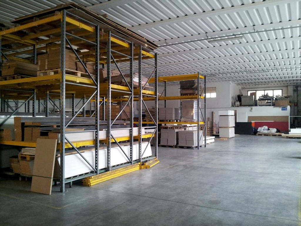 HCS Manufactoring - Local wharehouse